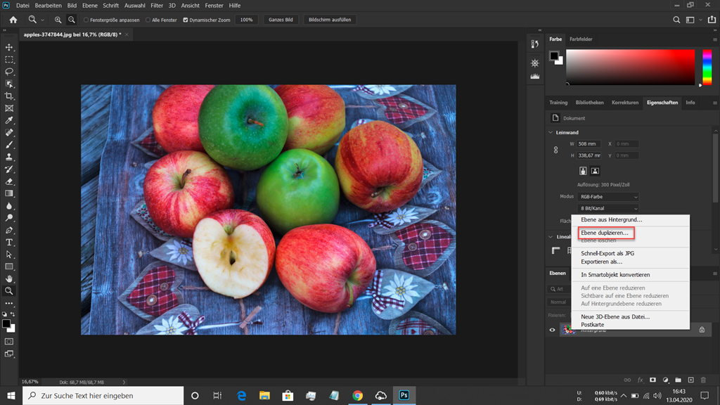 Rote und grüne Äpfel in Photoshop geladen mit Dialogfenster zum Duplizieren einer Ebebe