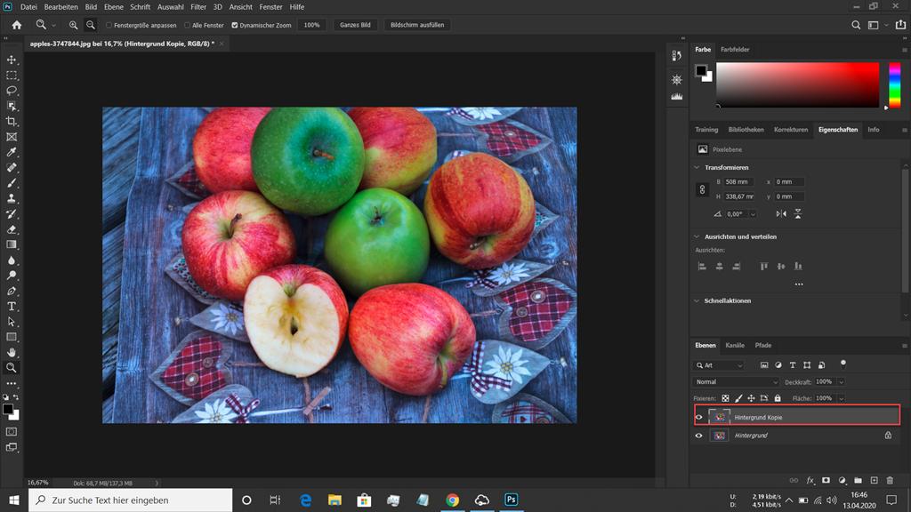 Rote und grüne Äpfel in Photoshop geladen mit duplizierter Hintergrundebene